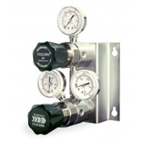 TESCOM™ CS-2200 Series Changeover Regulator