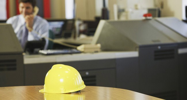 hardhat-table-control-room_86809151-thinkstock_650x350