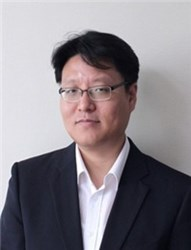 Professor Philhan Kim