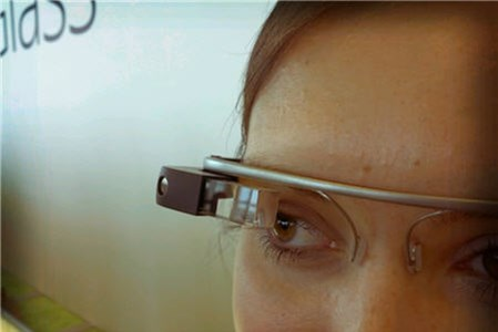 Google Glass Provides Education, Healthcare Opportunities
