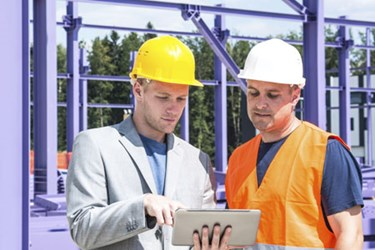construction-workers-with-tablet