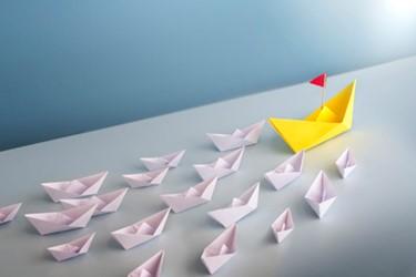 paper boats follow leader