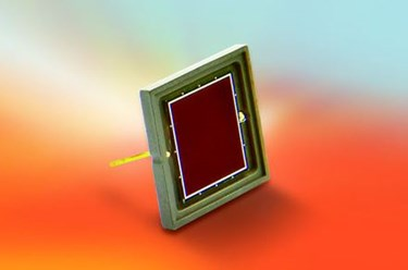 Photodiode for Vacuum/Extreme UV Photon Detection