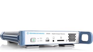 EM200-digital-compact-receiver_49732_04_img4_w640_hX