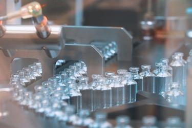 iStock-1268181219-glass-vial-packaging-sterile