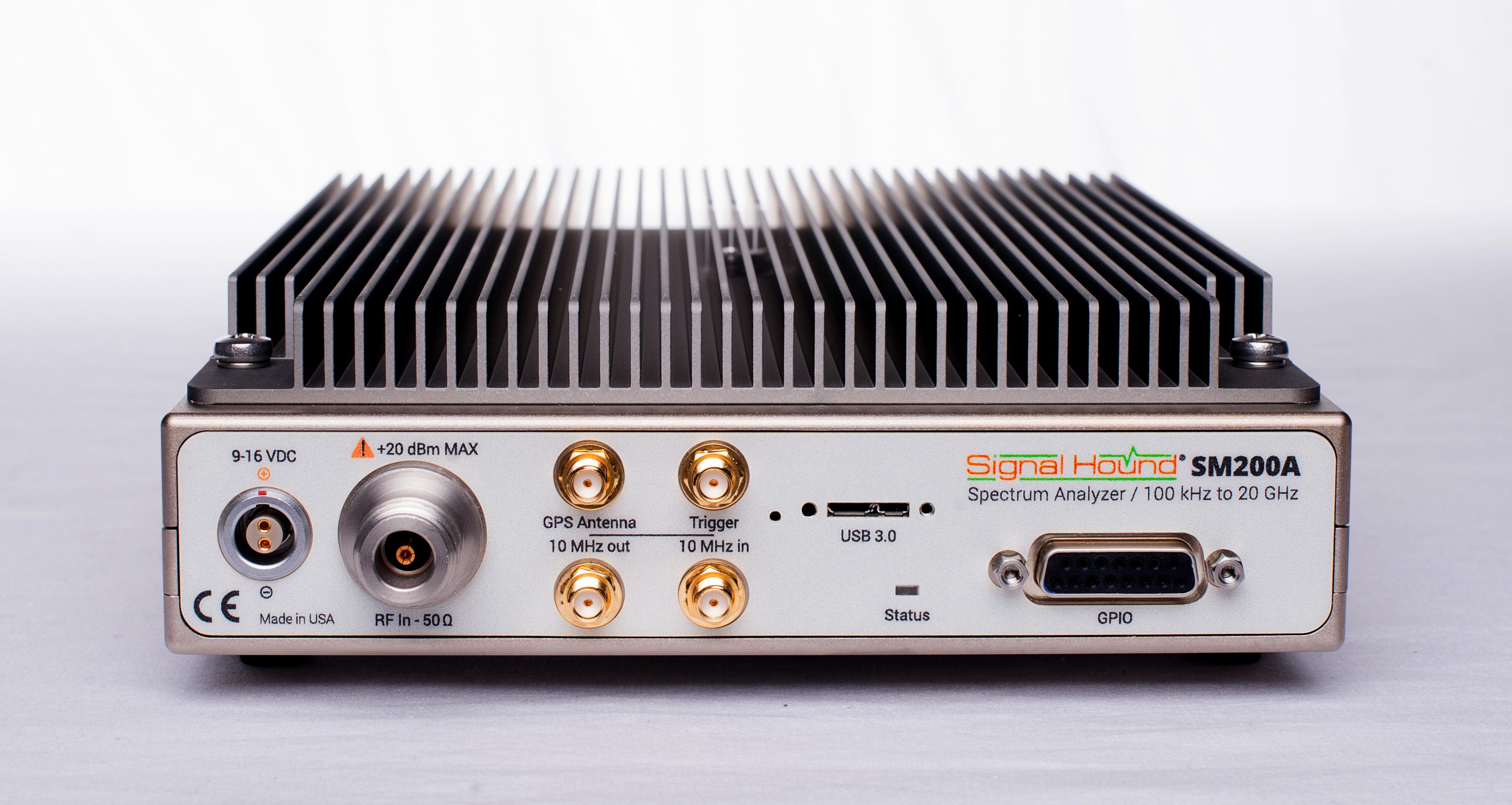 20-GHz High-Performance Spectrum Analyzer SM200A