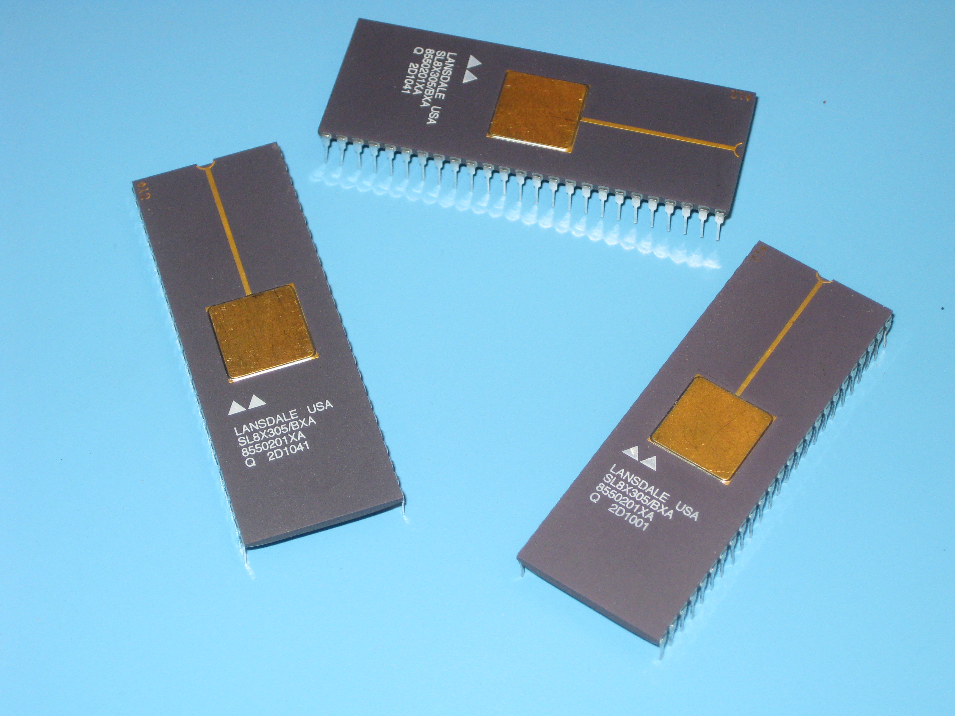Signetics 8x305 Bipolar Lsi Microcontroller Single Chip Divider Circuit The Is A Highspeed Microprocessor Implemented With Lowpower Schottky Technology In