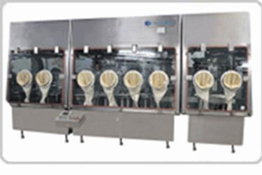 Pharmaceutical Isolator for High Potency Containment