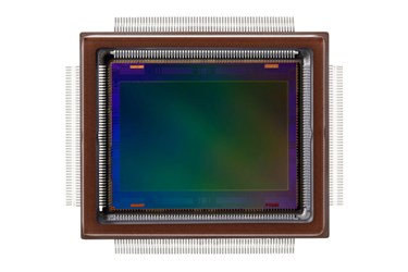 APS-H-Size CMOS Sensor