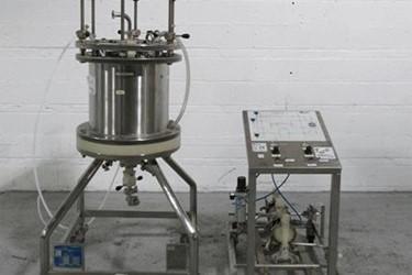 Used Pharmacia Biotech Chromatrography Column, Column Type 450V-200-400