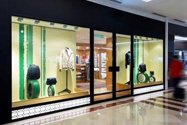 Online Retailers Opening Storefronts
