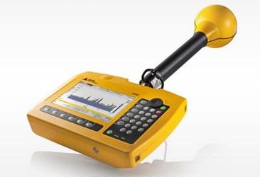 Selective Radiation Meter: SRM 3006