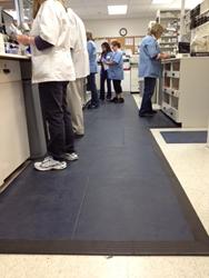 gI_87083_smartcells-anti-fatigue-flooring-rx-2