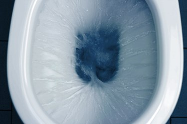 toilet-flushing_186957509-thinkstock