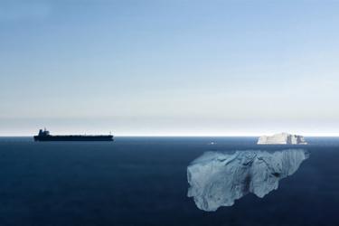 dangerous-seas-2_iStock-847160624