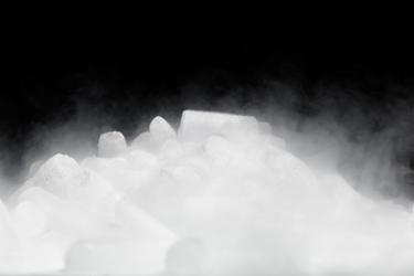 Dry-Ice-Cryogenic-iStock-484428415
