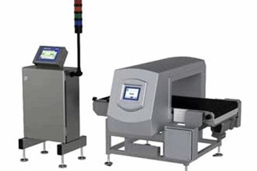 XE100 CC Checkweigher