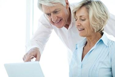 HTO Seniors On Computer