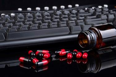 keyboard & pills 450x300