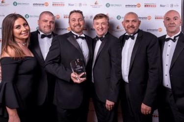 SIMMONS EDECO Team with Great International Growth Award - Spirit of Enterprise
