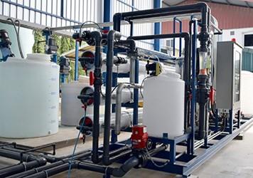 pharma manufacturing plastic tanks 450x300