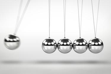 Pendulum Swinging Balls