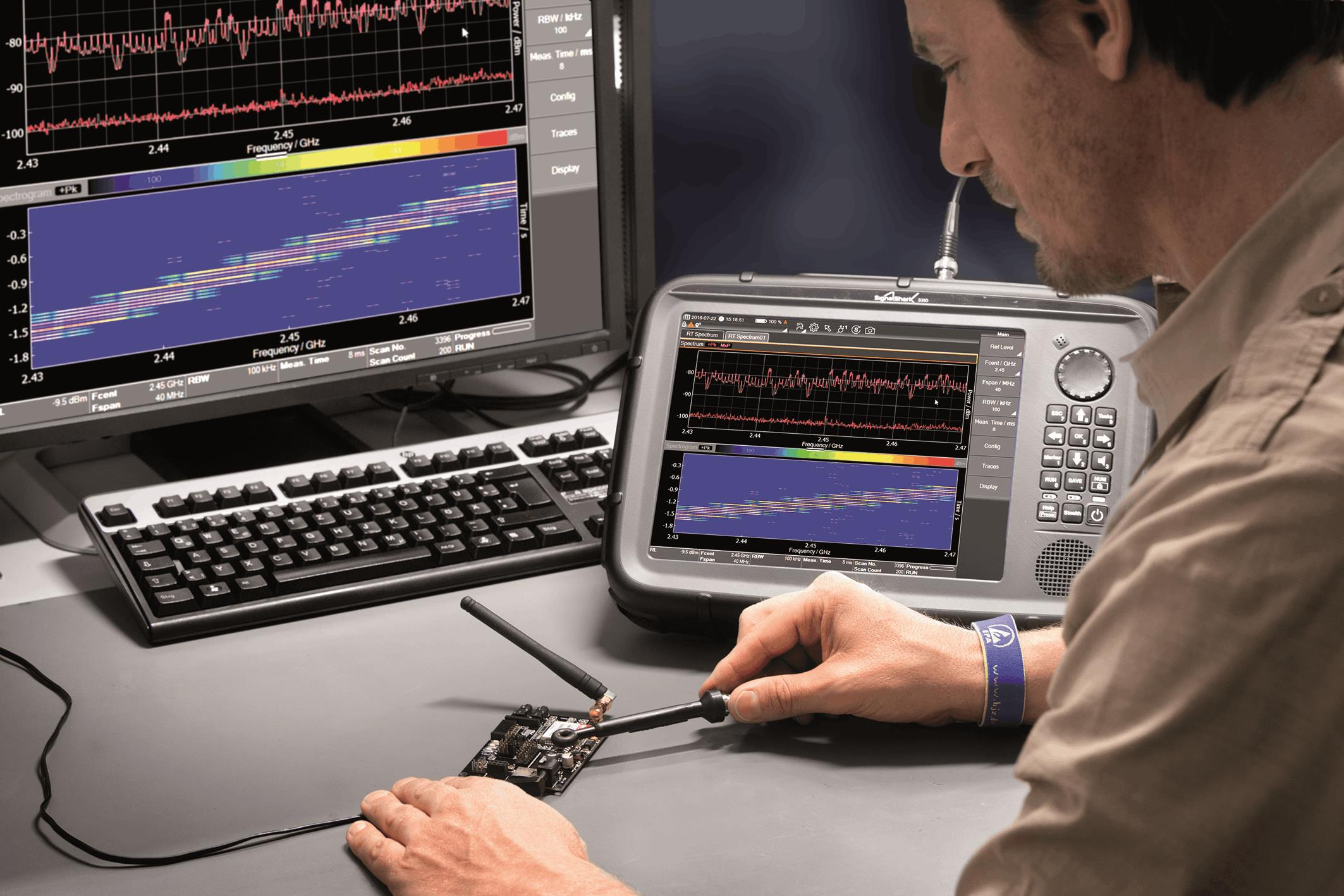 40 MHz Real Time Handheld Spectrum Analyzer The Lab In Your Hand
